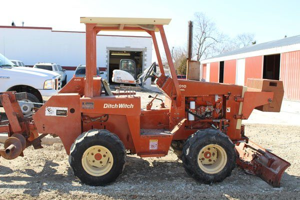 Trencher 4010